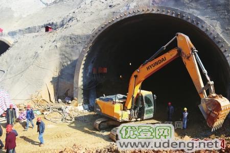 广州钩机改装订制隧道缩短臂厂家